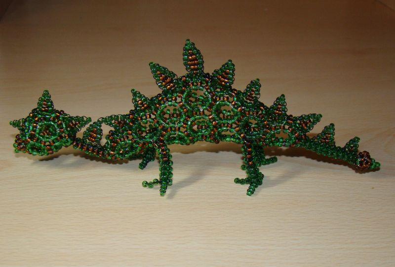Плетение дракона из бисера