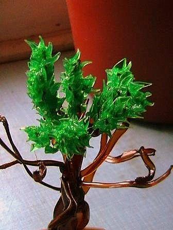 Поделки из пластиковых бутылок: Дерево счастья 38
