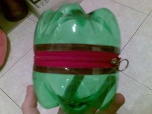 Лягушка из пластиковой бутылки