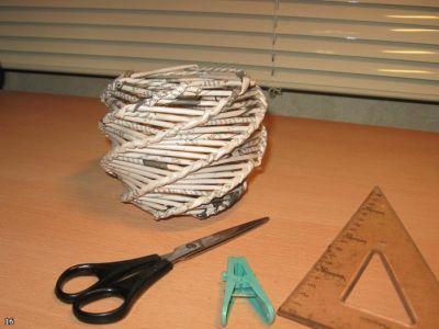 Техника плетения из газет