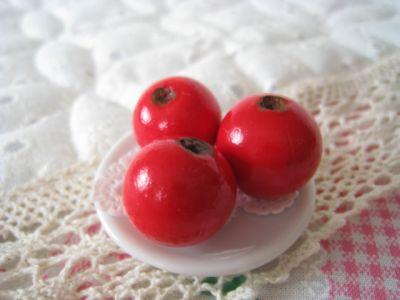 Еда из полимерной глины вишня