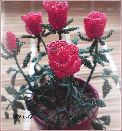 розы из бисера, куст роз из бисера